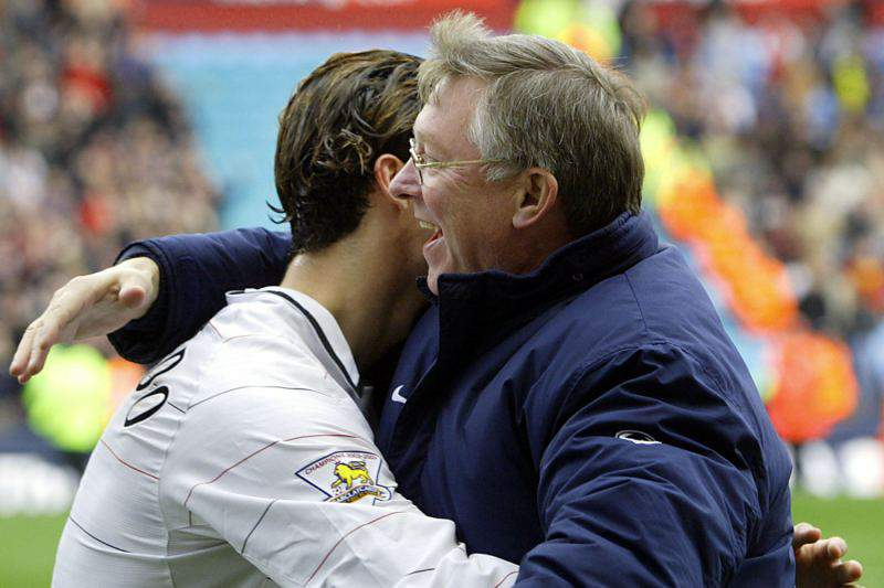 Chega a Portugal livro em que Ferguson considera Ronaldo o melhor que treinou