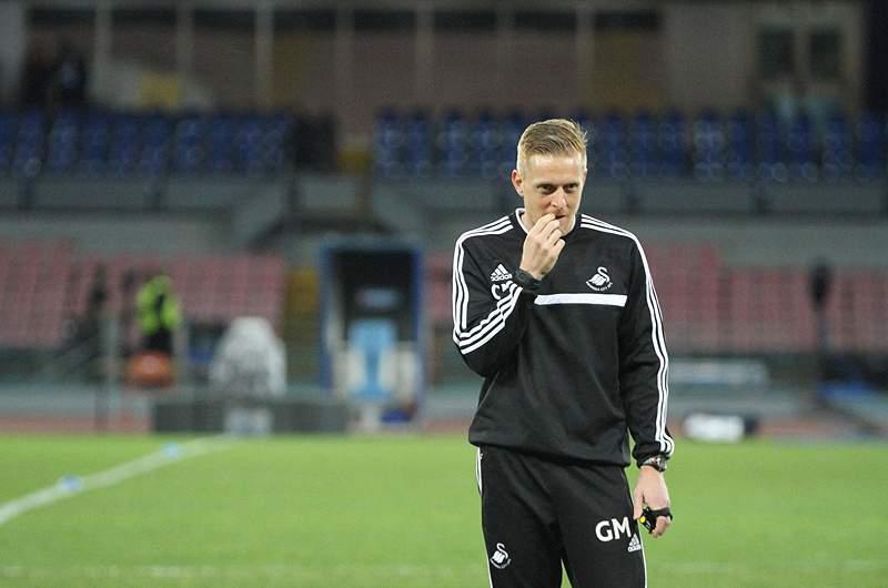 Swansea prolonga contrato com treinador