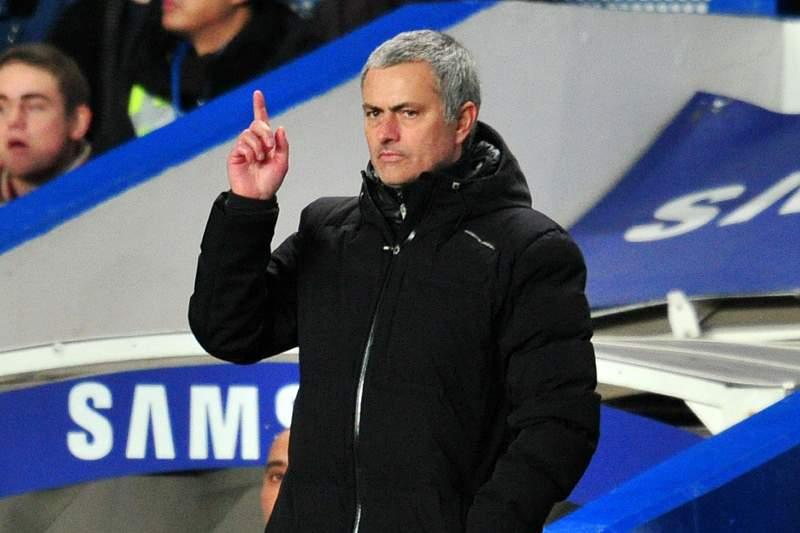 Mourinho responsabiliza o árbitro Chris Foy caso não vença o campeonato