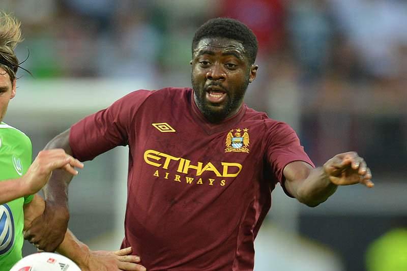 Kolo Touré assina pelo Liverpool