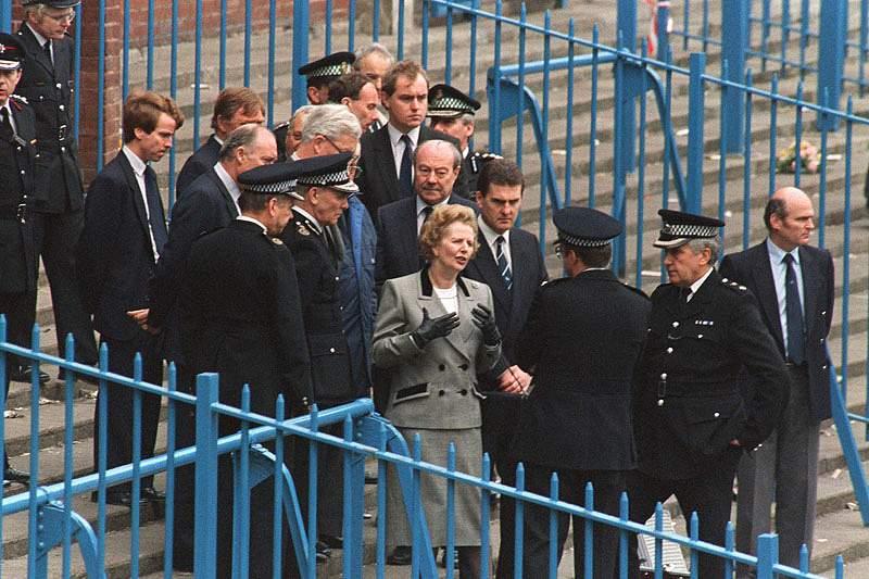 Liga Inglesa de Futebol não exige homenagem a Margaret Thatcher