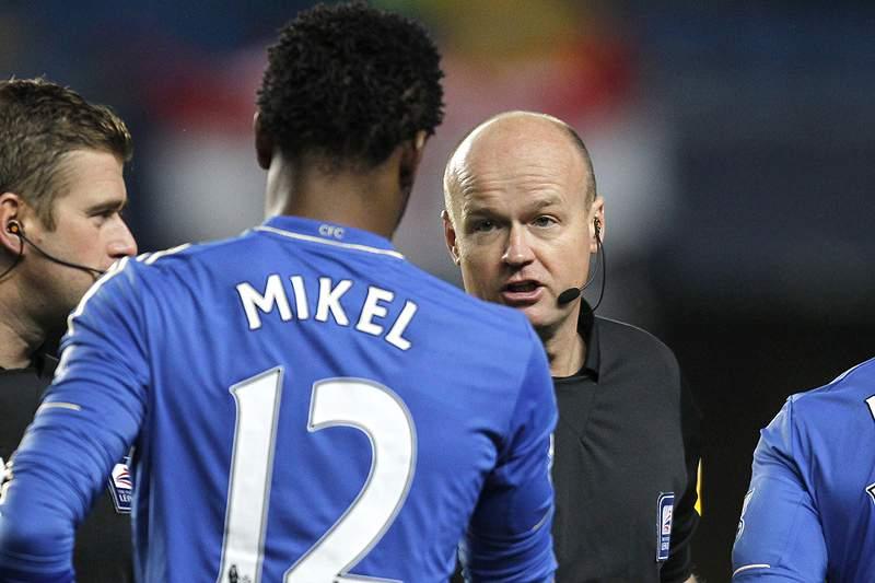 Obi Mikel suspenso por três jogos