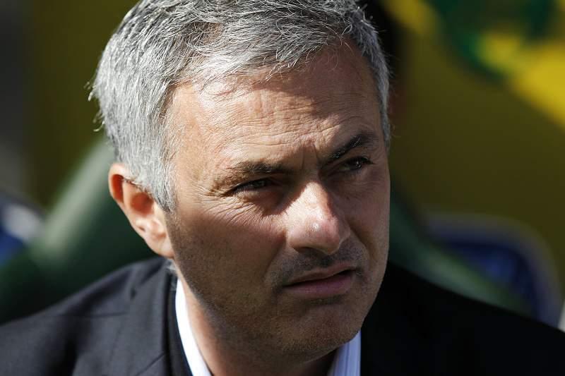 Mourinho diz que Liverpool é sério candidato ao título