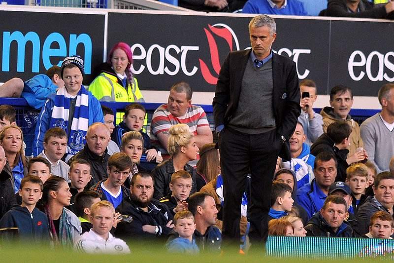 Mourinho acusado de conduta imprópria