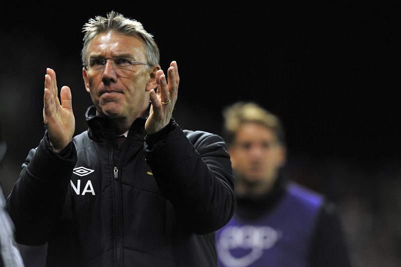 Nigel Adkins é o novo treinador do Reading