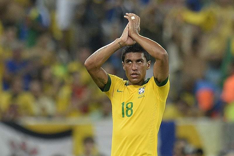 Paulinho reforça Tottenham de Villas-Boas