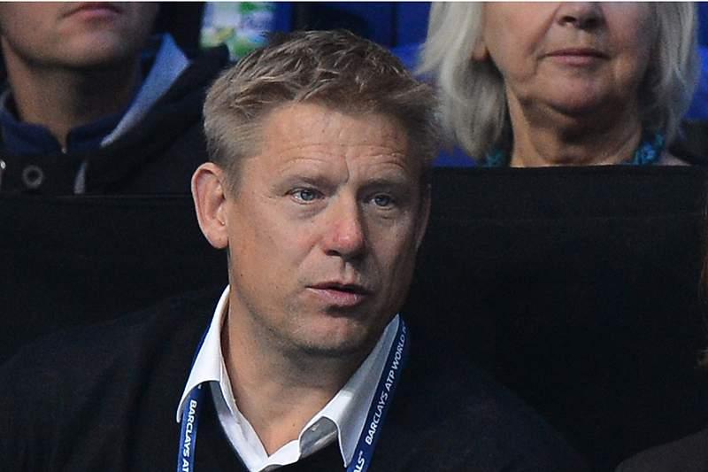 Schmeichel revela acordo entre Mourinho e Abramovich