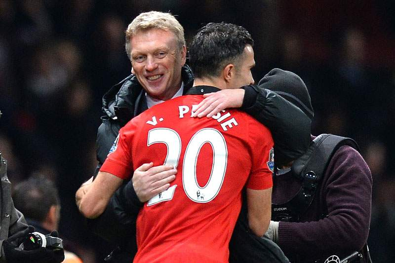 Manchester United vence líder Arsenal e ultrapassa rival City
