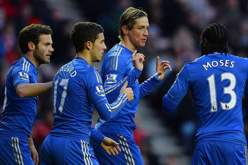 Torres salva Chelsea do adeus