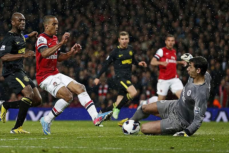 Arsenal a uma vitória da Liga dos Campeões