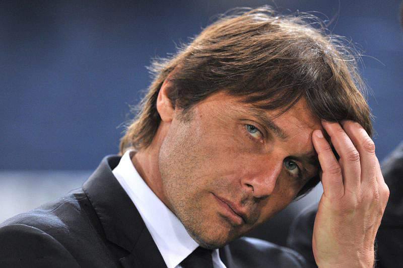 FIFA aumenta castigo de Conte para 10 meses
