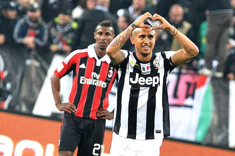 Juventus vence e