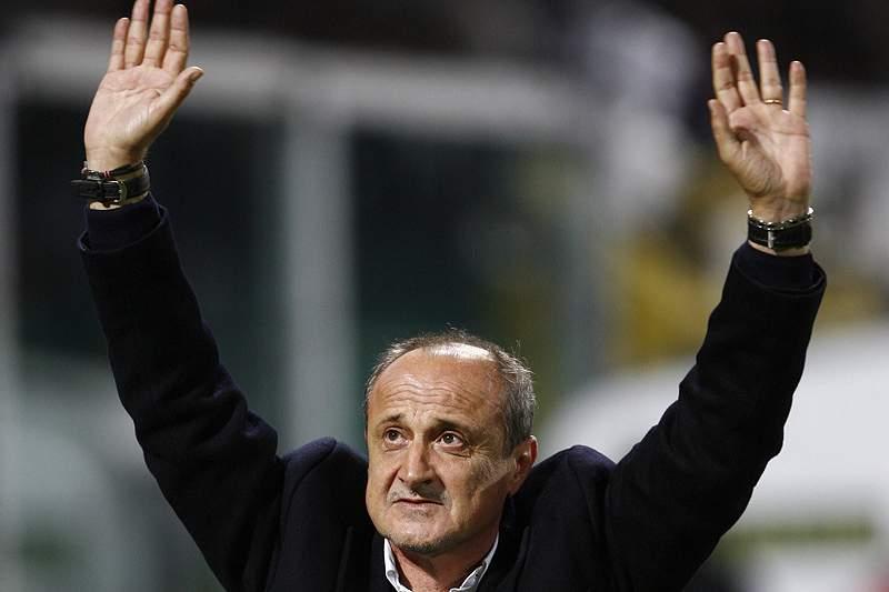 Sampdoria prolonga contrato com o treinador Delio Rossi