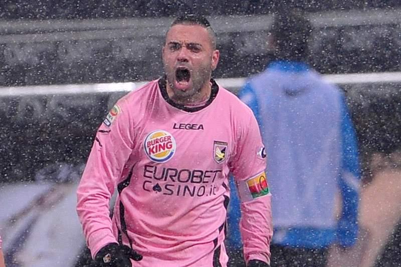 Lecce confirma acordo com Fabrizio Miccoli