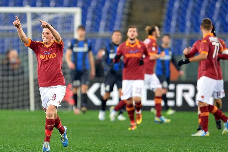 AS Roma adianta-se na eliminatória
