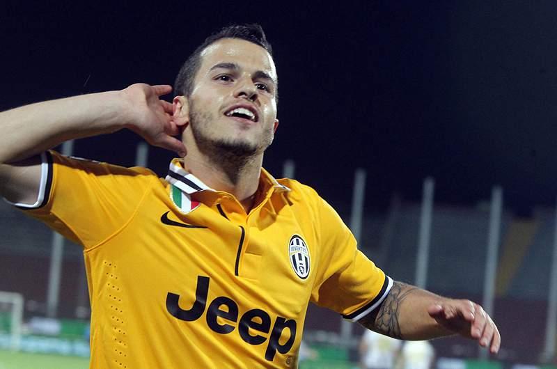 Juventus vence e fica a três pontos do 'tri'