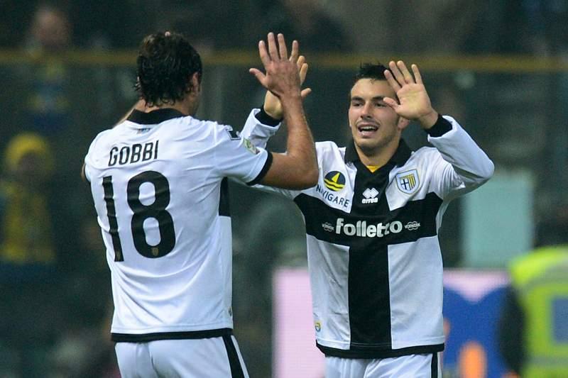 Gobbi salva Parma de derrota em Florença