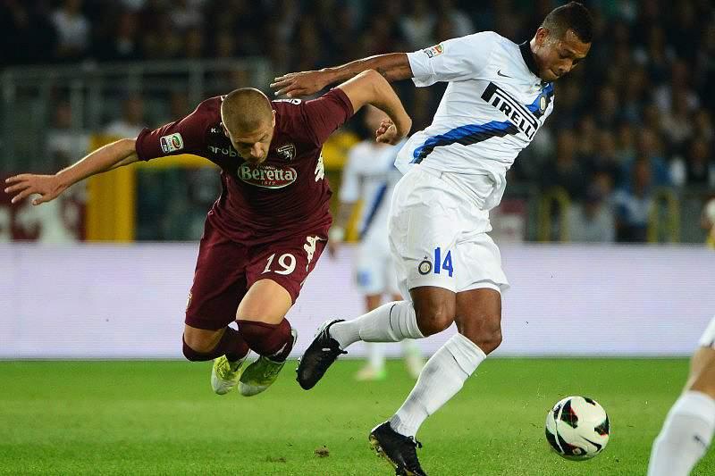 Inter de Milão sobe ao quinto lugar