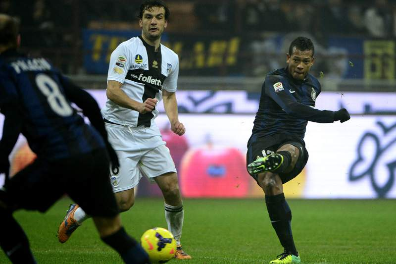 Inter e Parma empatam 3-3 em jogo espetacular