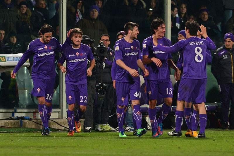 Fiorentina goleia Inter e mata de vez sonho