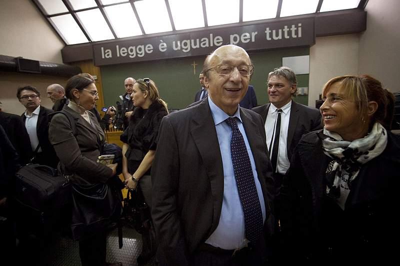 Luciano Moggi entra no mundo da política