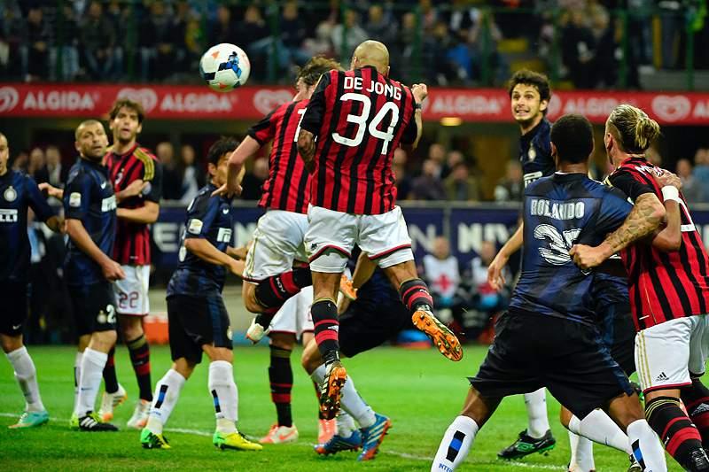 AC Milan vence dérbi de Milão no dia em que a Juventus foi tricampeã