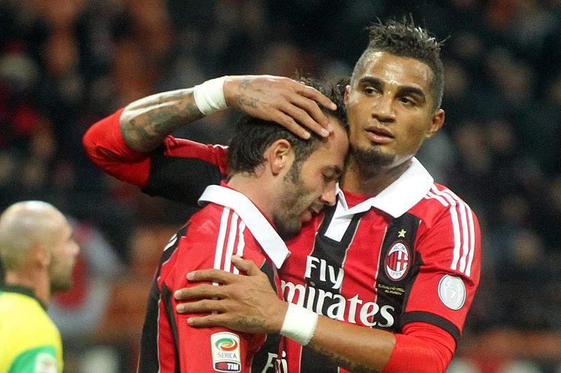 AC Milan com uma mão cheia de golos na receção ao Chievo