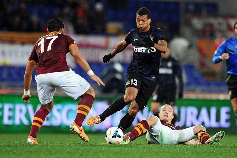 Roma e Inter empatam sem golos