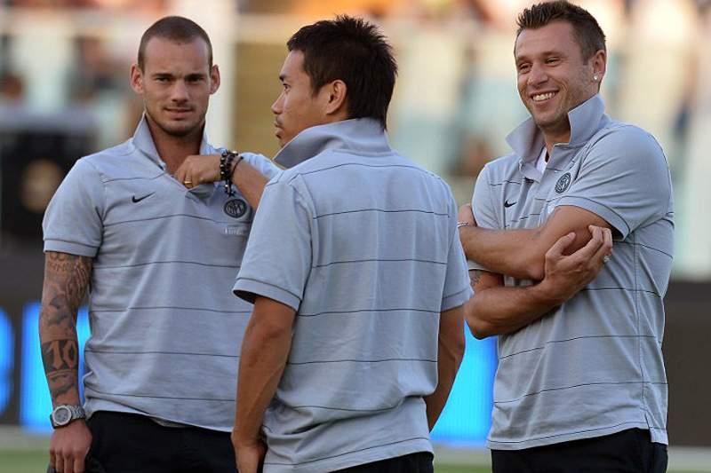 Sneijder volta a ficar de fora dos convocados