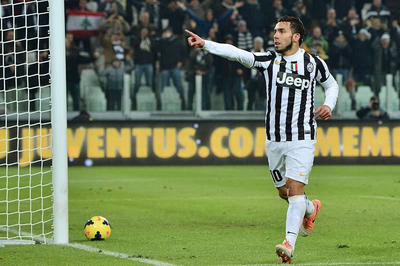 Hat-trick de Tevez deixa líder Juventus com seis de vantagem