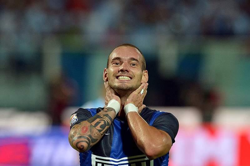 Sneijder «muito feliz» por sair a bem do Inter