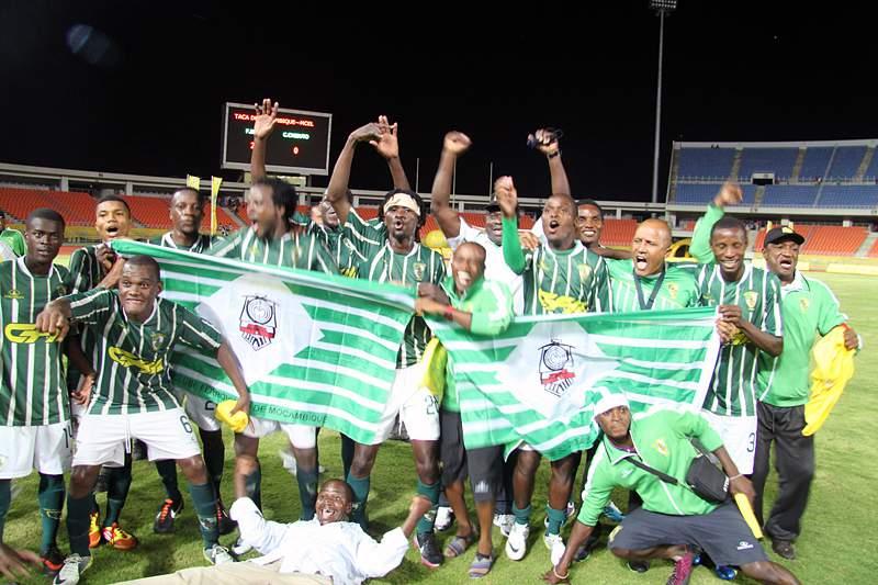 Vice-campeões vencem pela primeira vez