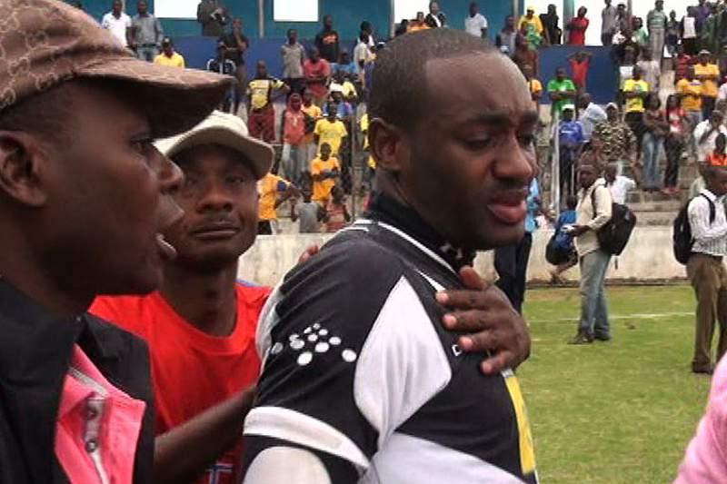 Lágrimas no adeus do Desportivo ao Moçambola