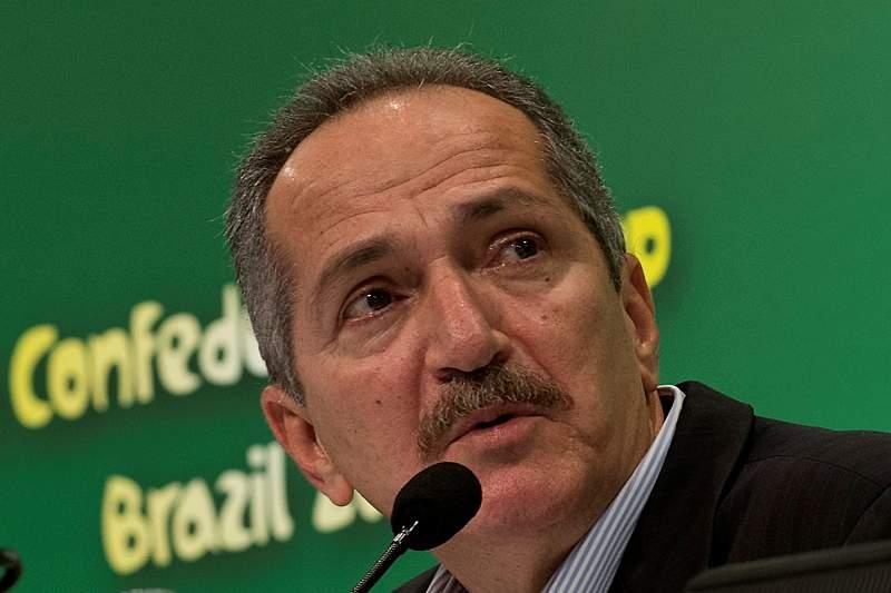 Ministro brasileiro dos Desportos demite-se em dezembro