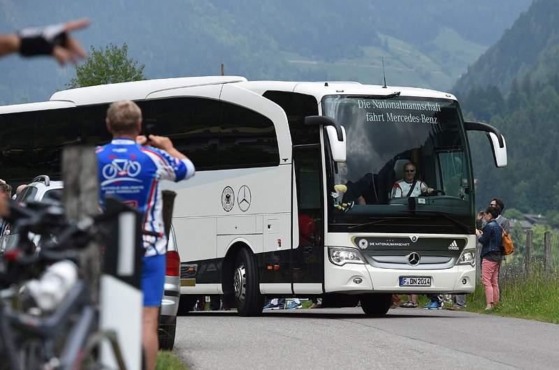 Lahm e Manuel Neuer falham início do estágio