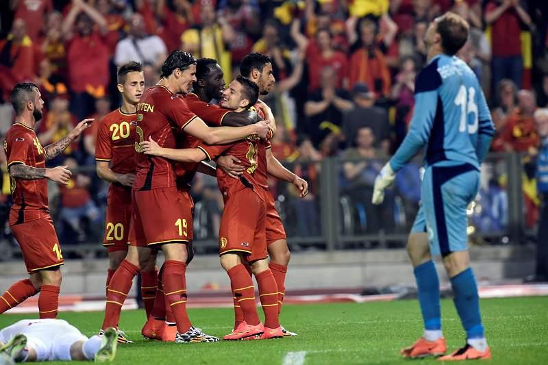 Bélgica vence Tunísia em partida