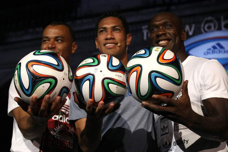 Bola oficial do Mundial de 2014