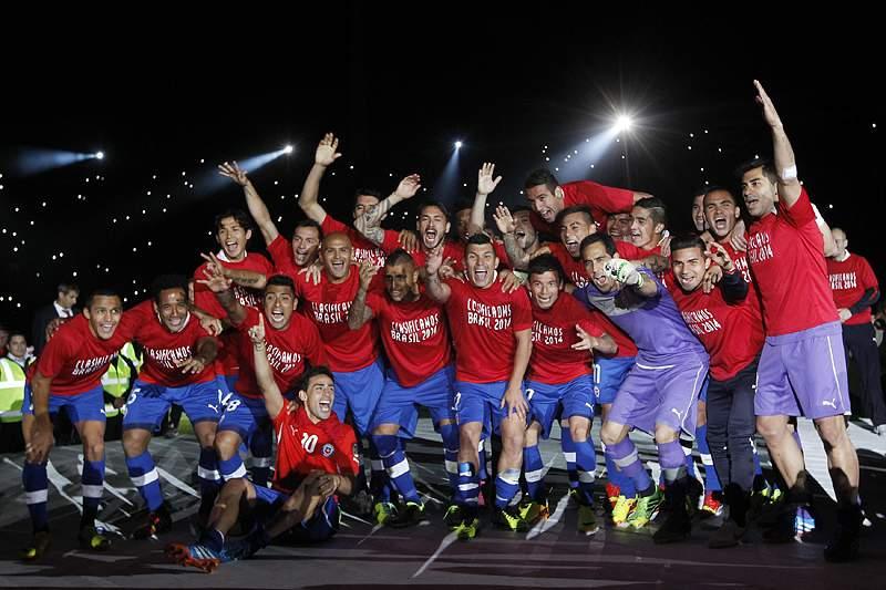 Chile e Equador qualificam-se