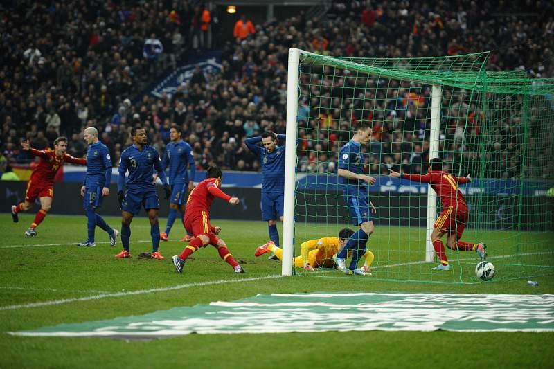 Espanha vence França