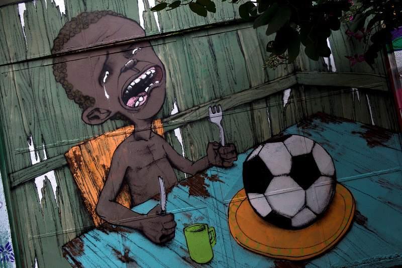 Grafite contra a Copa torna-se viral