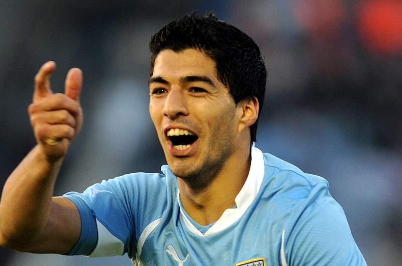Suarez na lista dos 23 do Uruguai
