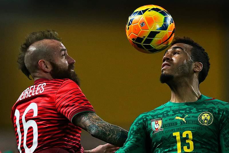 Meireles e Coentrão colocam lusos a vencer por 3-1