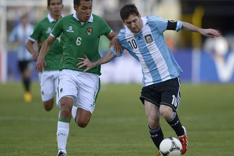 Selecionador viaja para Barcelona para falar com Messi