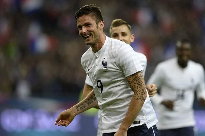 França goleia Noruega no primeiro particular antes do Brasil