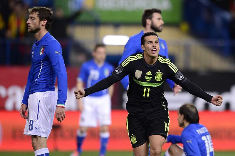 Espanha vence Itália na estreia de Diego Costa