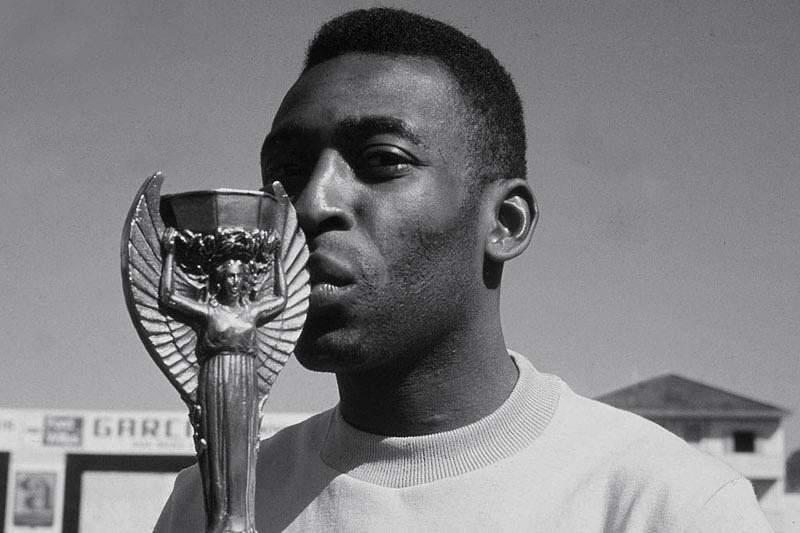 Pelé, o tricampeão solitário