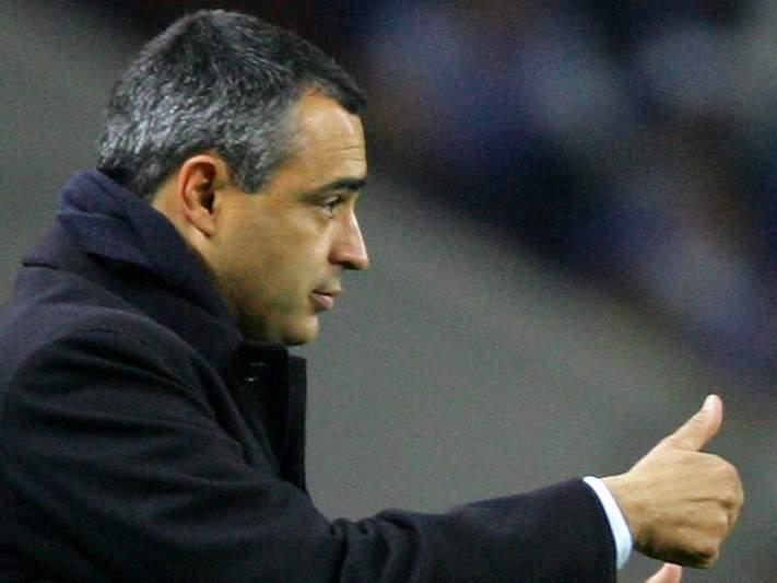 Couceiro não segue «a sombra» de Mourinho