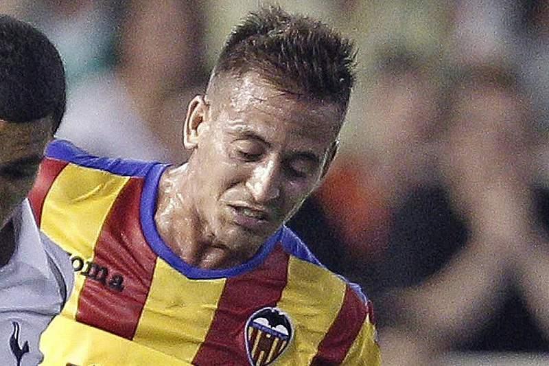 Valência perde na liga espanhola e pode