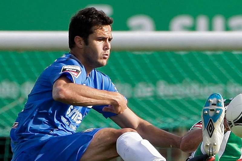 Jogador português troca o futebol do Cazaquistão pelo campeonato polaco