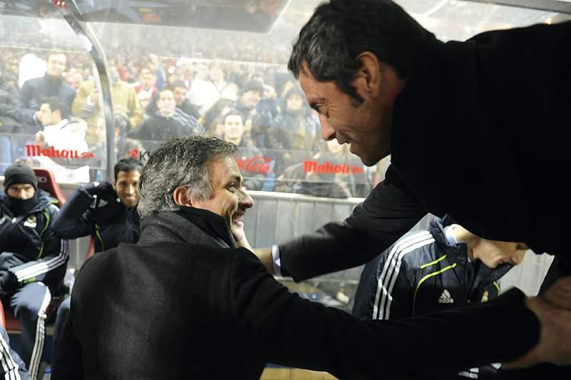"""Mourinho pergunta a Quique pelas """"Arábias"""""""